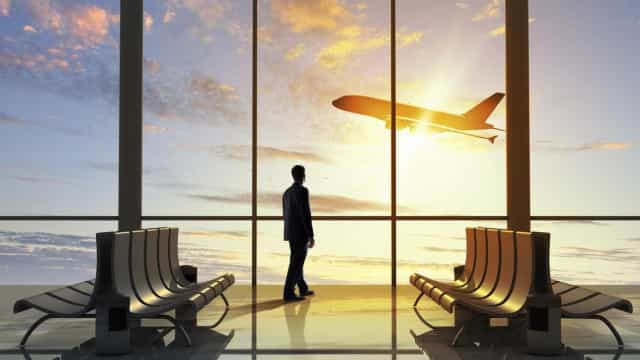 Descubra as companhias aéreas  que oferecem stopover de graça