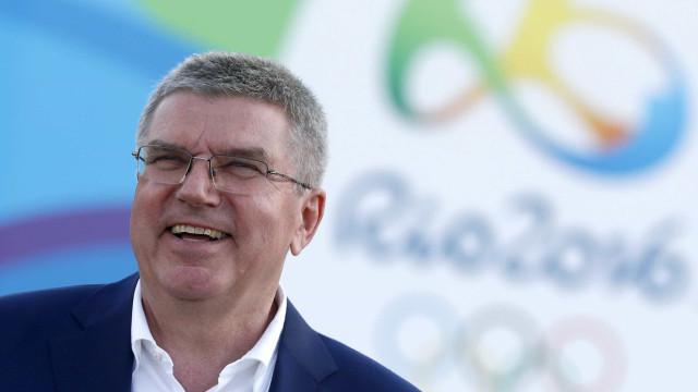 Bach descarta ampliar grupo que discute cortes de gastos da Olimpíada