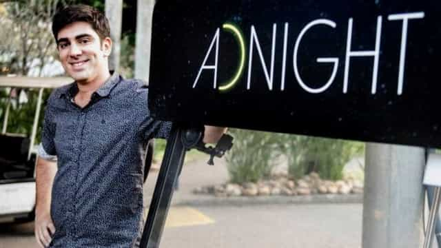 Sem querer, Adnet divulga entrevistada de Porchat, na Globo