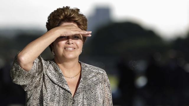 Defesa de Dilma protocola recurso para  tentar anular impeachment