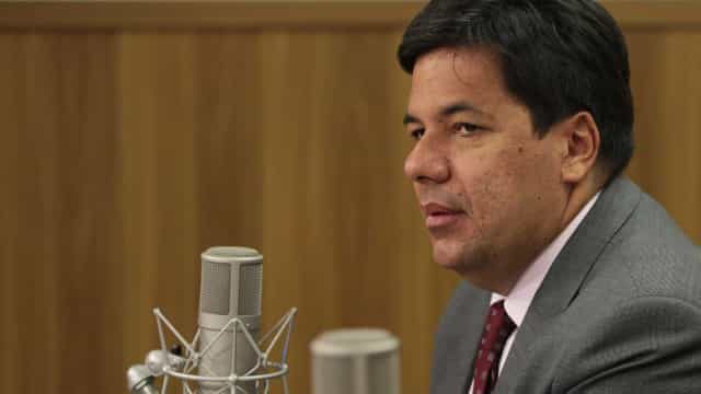 'Não há risco de um Enem ser mais  difícil que o outro', diz ministro