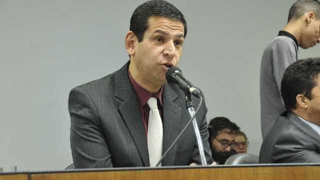 Outro parlamentar agride a deputada Maria do Rosário: 'vaca!'