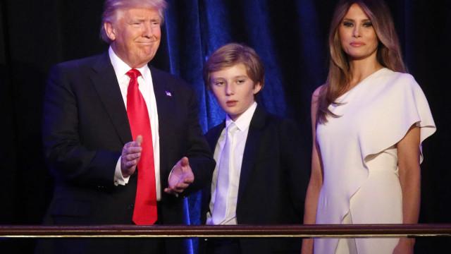 Mulher e filho mais novo de Trump não devem se  mudar para Casa Branca