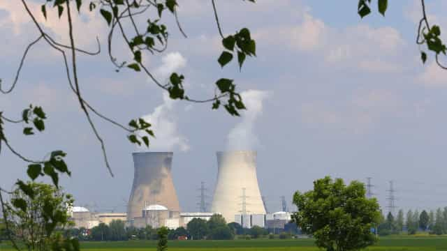 Referendo: suecos decidem manter