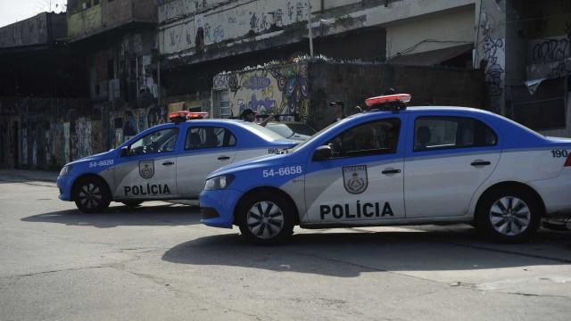 Rio: bala atinge creche e Esquadrão Antibombas é acionado em tiroteio