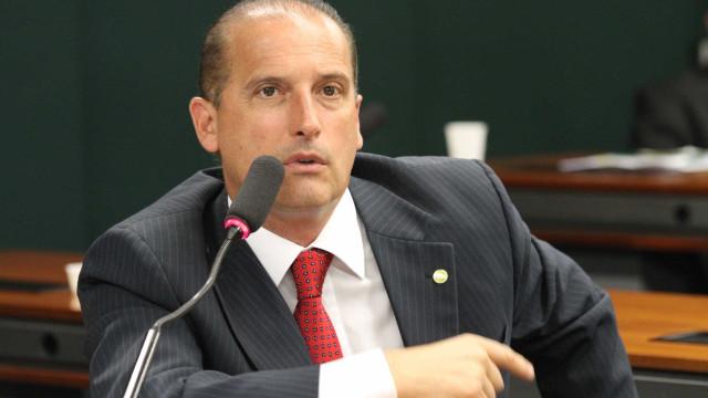 Onyx Lorenzoni protocola queixa-crime no STF contra Renan Calheiros