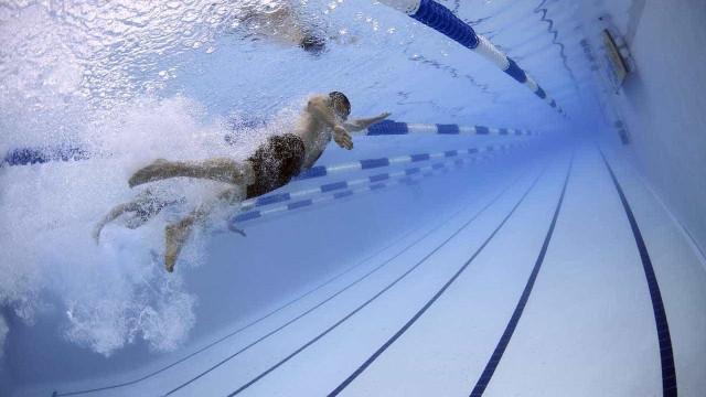 Larissa Oliveira vai à semifinal dos 100m livre no Mundial