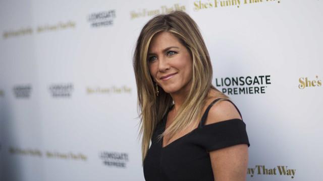 Jennifer Aniston dá entrevista exclusiva à RedeTV!
