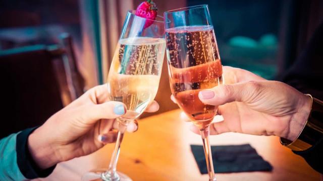 Cinco espumantes com bom custo benefício para brindar o ano novo