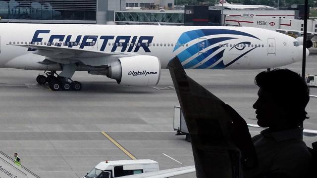 Corpos de voo que caiu no Egito  tinham rastros de explosivos