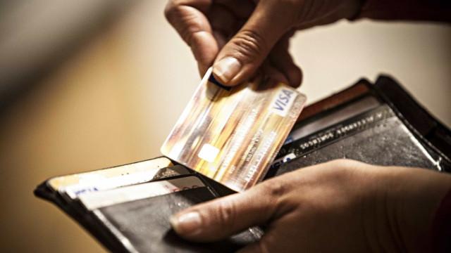 Medidas de redução de juros do cartão são anunciadas por Temer