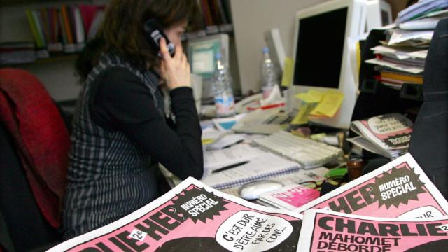'Charlie Hebdo' ironiza ataque de 2015  em edição especial