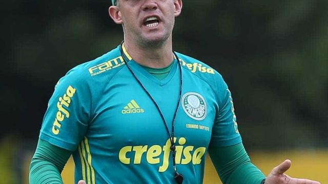 Palmeiras chega ao número ideal de jogadores traçado por Baptista