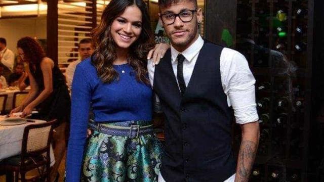 Neymar planeja ficar noivo de Bruna Marquezine após o carnaval
