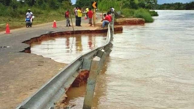 Enchente no Rio Juruá ameça cidades do interior do Acre