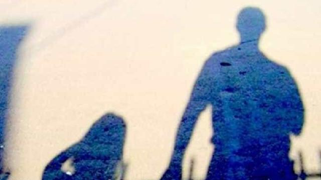 Mãe que prostituía filha pela internet é condenada pela Justiça alemã
