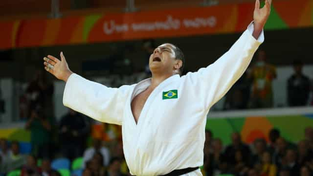Bronze no Rio, Rafael Silva fica em terceiro no Grand Slam de Paris
