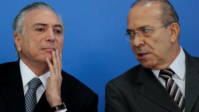 Desde saída de Geddel, Temer e Padilha  lideram Secretaria do Governo