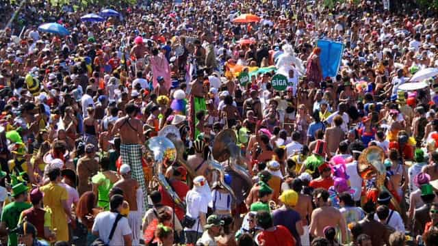 Carnaval de rua de São Paulo segue forte neste fim de semana
