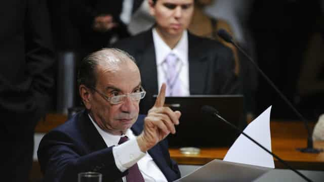Temer escolhe Aloysio Nunes  para assumir Itamaraty