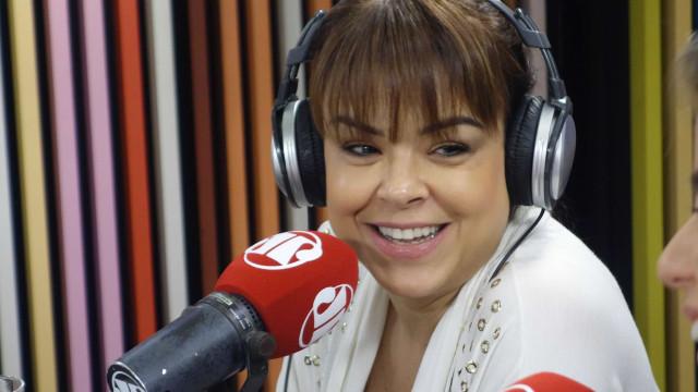 Fernanda Alves sobre excluir ensaio nu: 'Não interessava me expor'