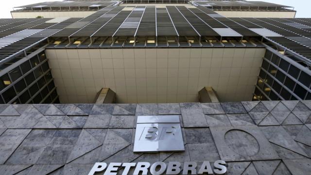 Juíza decreta prisão de envolvidos em furto de combustível da Petrobras