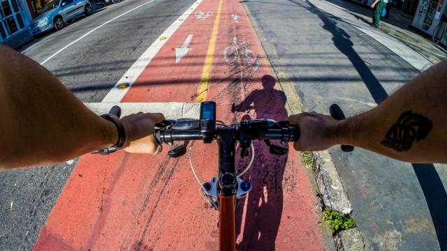 Terceiro bicicletário de SP tem 52 vagas e 81% de média de uso