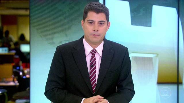 Evaristo Costa surpreende ao fazer revelação sobre figurino do 'JH'