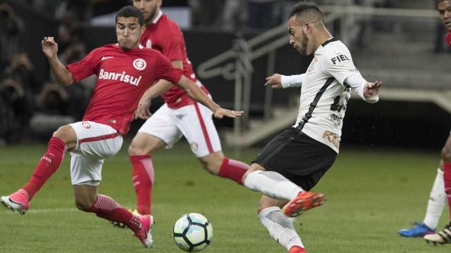 'Coloca no DVD', diz Brenner após Inter eliminar o Corinthians
