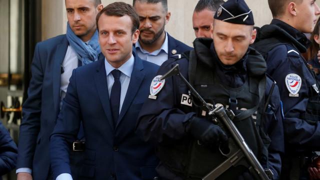 Líderes europeus apoiam Macron  para Presidência da França