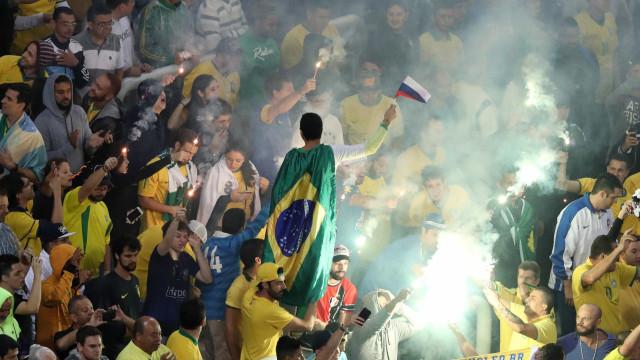 Fifa investiga CBF pela 3ª vez por gritos de  'bicha' da torcida