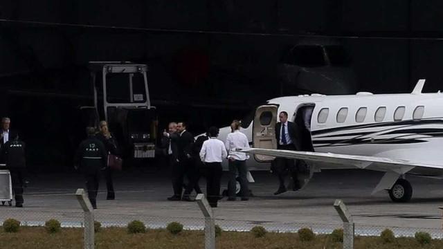 Lula chega a Curitiba e deve depor às 14h