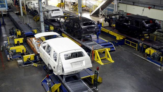 Trabalhadores da GM aceitam layoff em troca de estabilidade no emprego