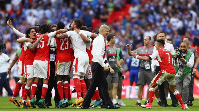 Arsenal vence o Chelsea por 2 a 1 e conquista a Copa da Inglaterra