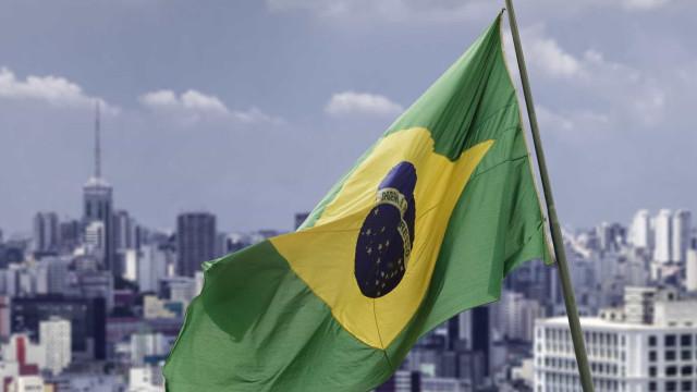 Ainda é cedo para dizer que o Brasil saiu  da recessão, afirma IBGE