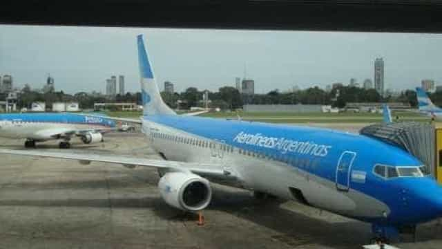 Piloto argentino vira herói ao salvar menino de 8 anos
