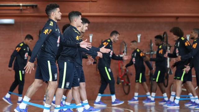 Amistosos de seleções nacionais desfalcam os clubes em 3 rodadas