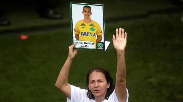 Mãe de goleiro Danilo cria canal na web para quem perdeu filhos