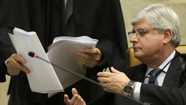 """Janot critica """"suposta utilização do aparato estatal"""" contra Fachin"""