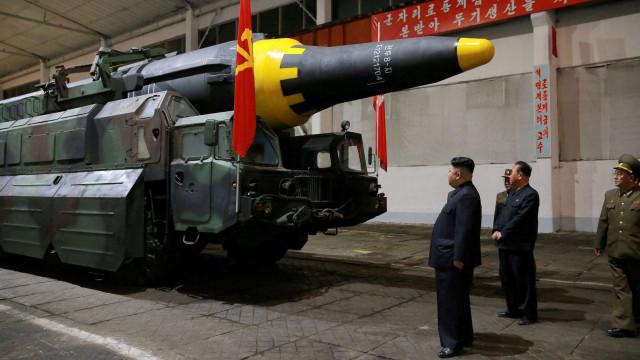 Ex-diretor da Defesa: bomba de Pyongyang afetará terra e ar