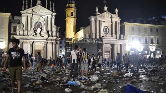 Tumulto em fanzone da Juventus em Turim  deixa cerca de 600 feridos