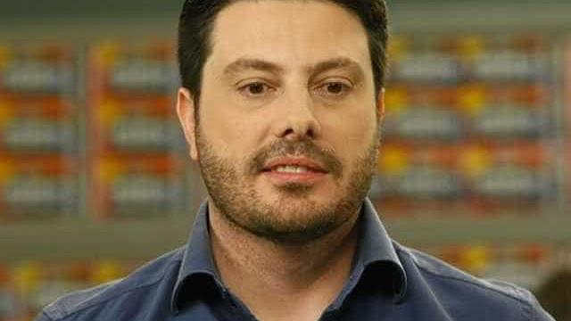Gentili defende 'separar público do privado' após vídeo contra deputada