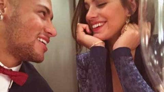 """Fim de namoro de Marquezine e Neymar ganha chuva de """"memes"""""""