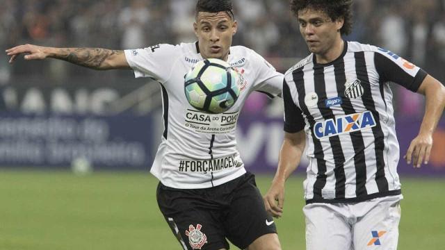 Corinthians escapa de perder mandos, mas é multado por sinalizadores