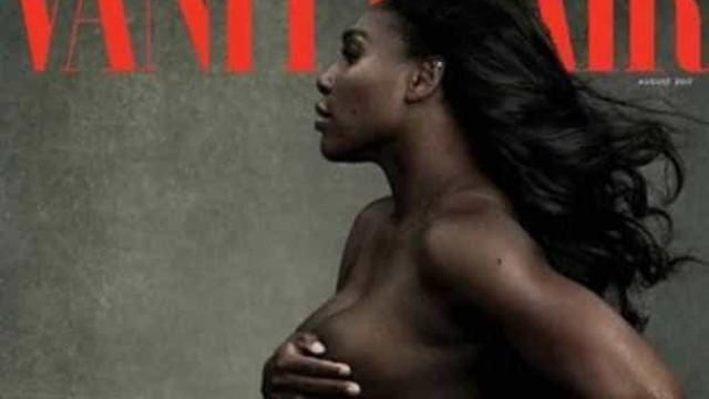 Serena Williams posa nua mostrando barrigão à revista americana