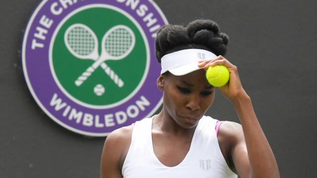Venus Williams chora em conferência após questão sobre acidente fatal