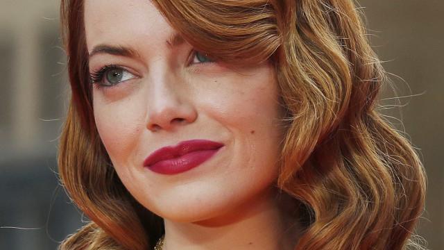 Emma Stone diz que colegas já cortaram próprios cachês por ela