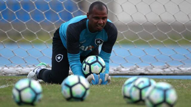 Botafogo chega a acordo e renova com Jefferson por mais dois anos