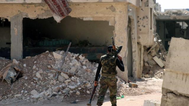 Conflito na Síria destruiu a economia mais do que a infraestrutura