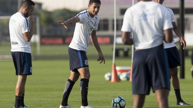 Pablo deve ser titular do Corinthians contra o Avaí nesta quarta